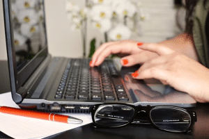 Computer vision syndrome – Are computer screens damaging your eyes